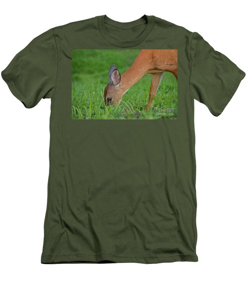 Deer 25 Men's T-Shirt (Athletic Fit)