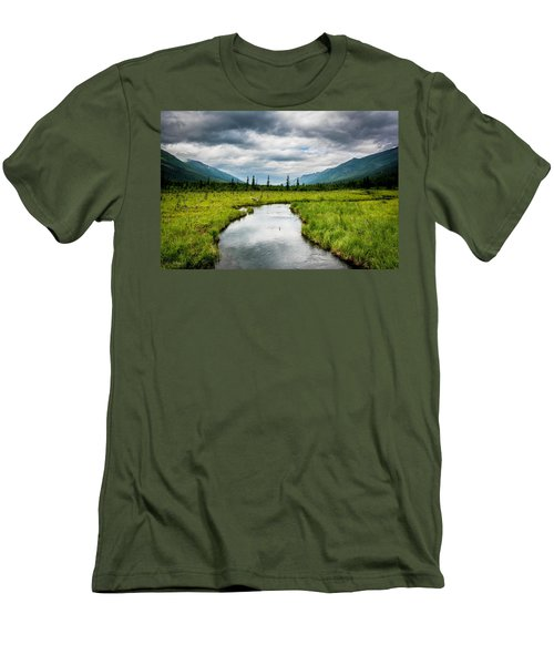 Eagle River Nature Center Men's T-Shirt (Athletic Fit)