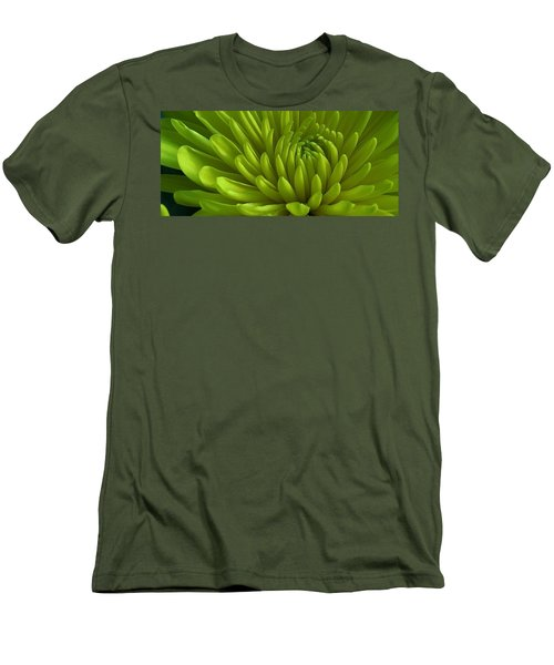 Emerald Dahlia Men's T-Shirt (Athletic Fit)