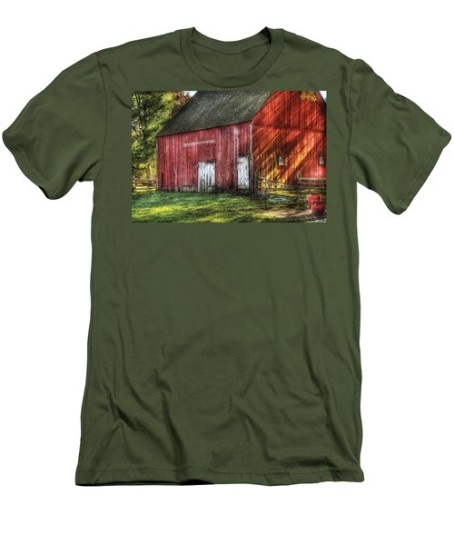 Farm - Barn - The Old Red Barn Men's T-Shirt (Slim Fit) by Mike Savad