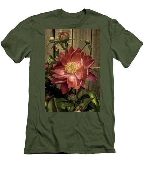 Fence Hugger Men's T-Shirt (Athletic Fit)