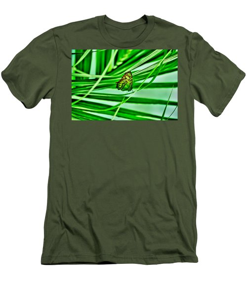 Flutter By Men's T-Shirt (Athletic Fit)