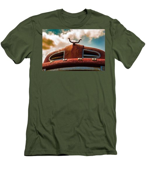 Ford Hood Ornament Men's T-Shirt (Athletic Fit)