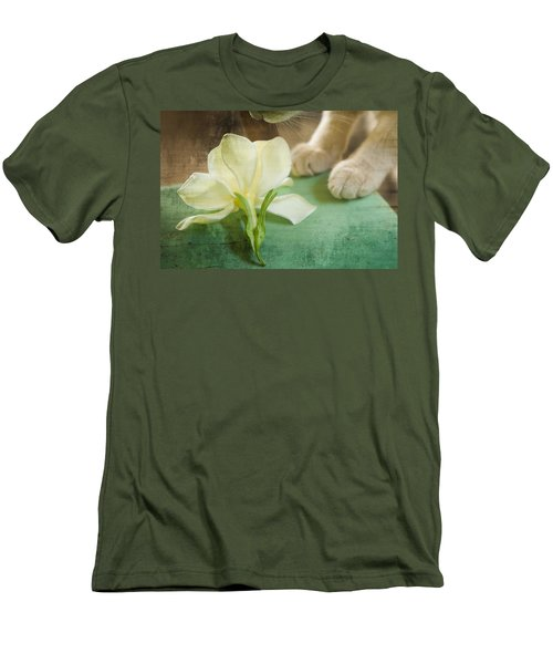 Fragrant Gardenia Men's T-Shirt (Athletic Fit)