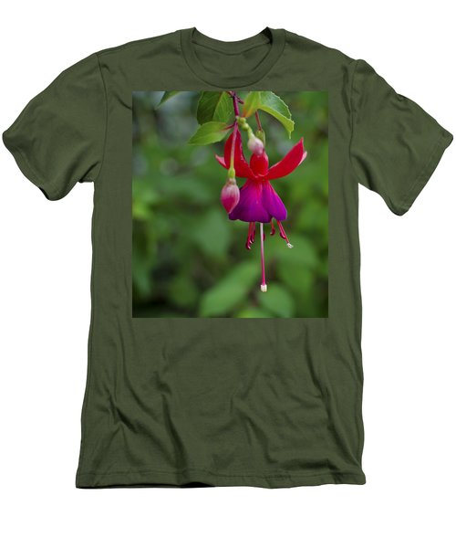 Fuschia Flower Men's T-Shirt (Athletic Fit)