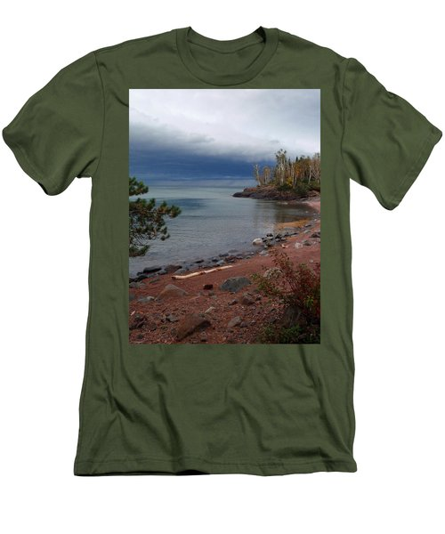 Get Lost In Paradise Men's T-Shirt (Athletic Fit)