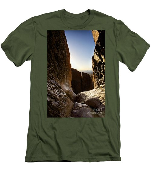 God's Eye View Men's T-Shirt (Athletic Fit)