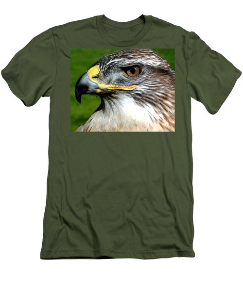 Head Portrait Of A Eagle Men's T-Shirt (Athletic Fit)
