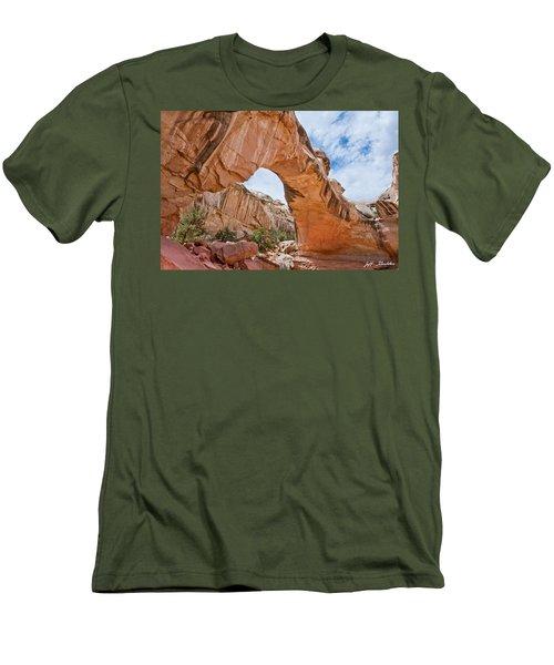 Hickman Bridge Natural Arch Men's T-Shirt (Slim Fit) by Jeff Goulden