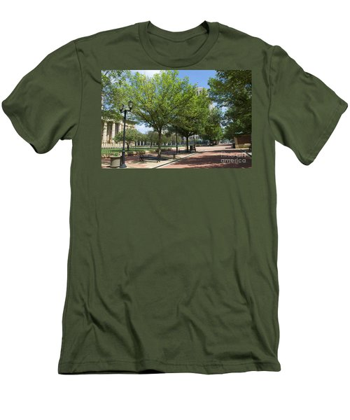 Lincoln Square Springfield Il - Luther Fine Art Men's T-Shirt (Athletic Fit)