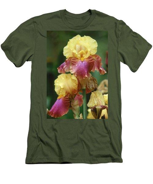 Iris 1 Men's T-Shirt (Athletic Fit)