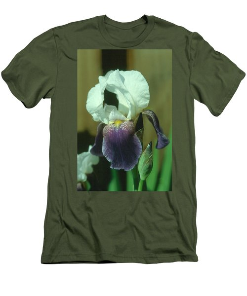 Iris 3 Men's T-Shirt (Athletic Fit)