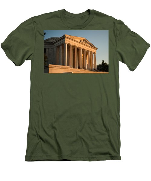 Jefferson Memorial Sunset Men's T-Shirt (Athletic Fit)