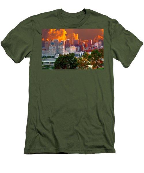 Katrina Storm Hits Cincinnati Men's T-Shirt (Athletic Fit)