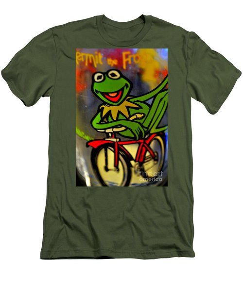 Kermit The Frog  Men's T-Shirt (Athletic Fit)