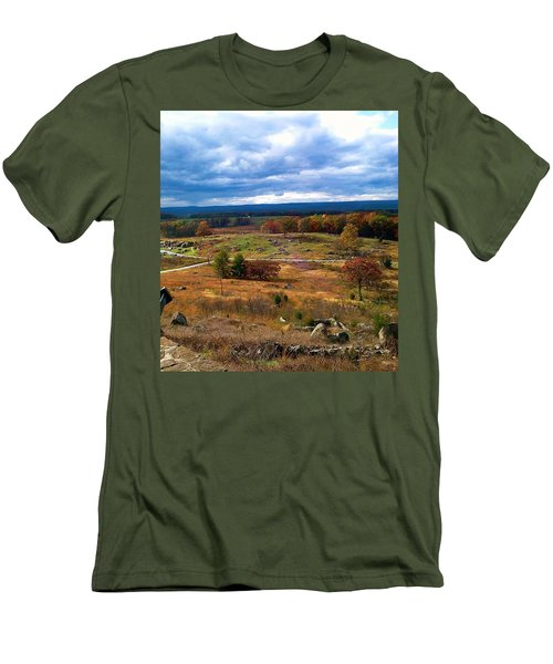 Looking Over The Gettysburg Battlefield Men's T-Shirt (Athletic Fit)
