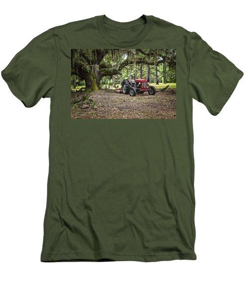 Massey Ferguson - Live Oak Men's T-Shirt (Athletic Fit)