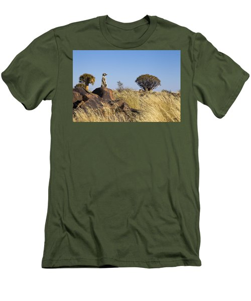 Meerkat In Quiver Tree Grassland Men's T-Shirt (Athletic Fit)
