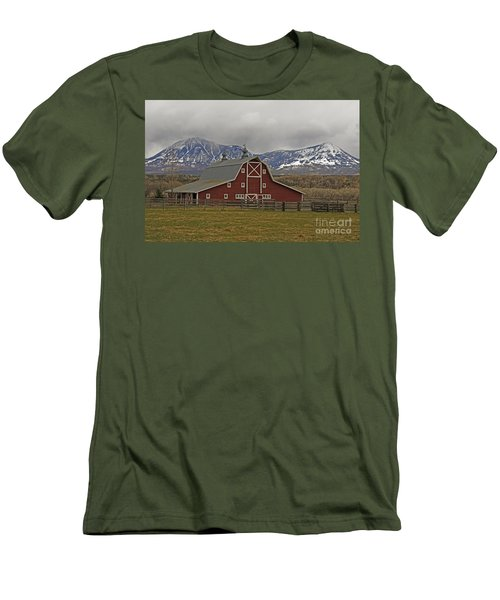 Midway Ranch Barn Men's T-Shirt (Athletic Fit)