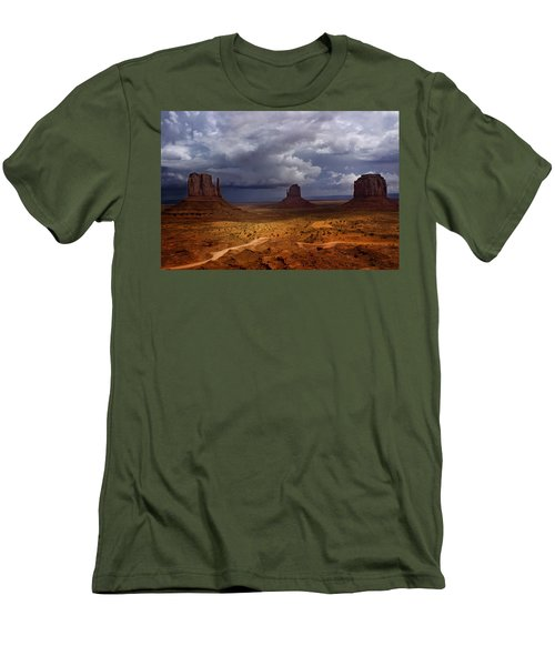 Monuments Of The West Men's T-Shirt (Athletic Fit)