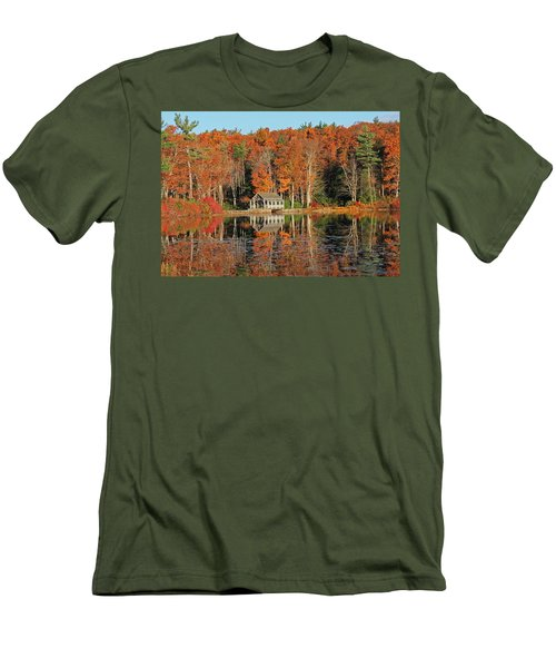 Moore State Park Autumn I Men's T-Shirt (Athletic Fit)