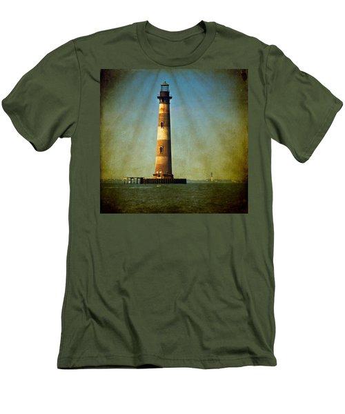 Morris Island Light Color Vintage Men's T-Shirt (Athletic Fit)