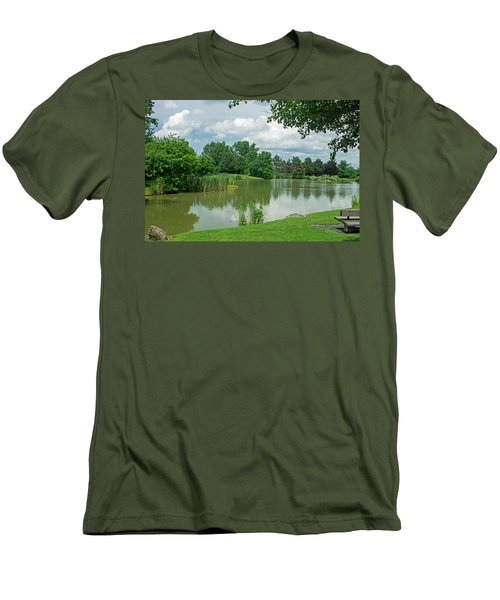 Muller Chapel Pond Ithaca College Men's T-Shirt (Slim Fit)