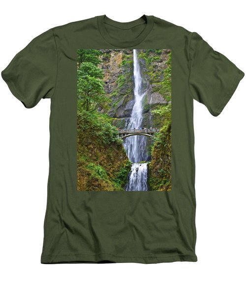 Multnomah Falls 4 Men's T-Shirt (Athletic Fit)