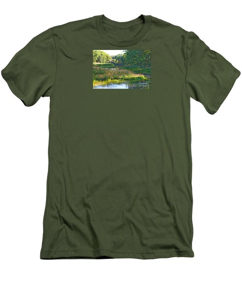 Nemasket River  Men's T-Shirt (Athletic Fit)