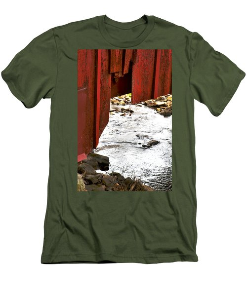 Overhang Men's T-Shirt (Athletic Fit)