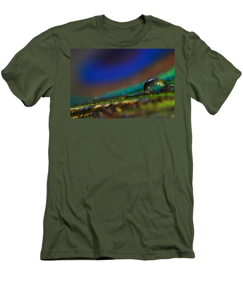 Peacock Drop Men's T-Shirt (Athletic Fit)