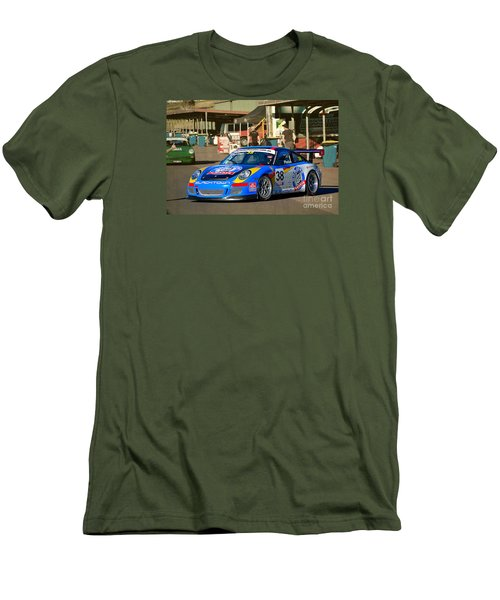 Porsche In The Pits Men's T-Shirt (Athletic Fit)