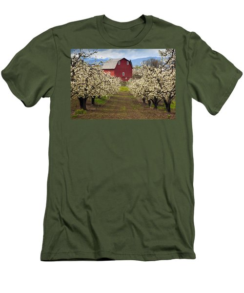 Red Barn Spring Men's T-Shirt (Athletic Fit)