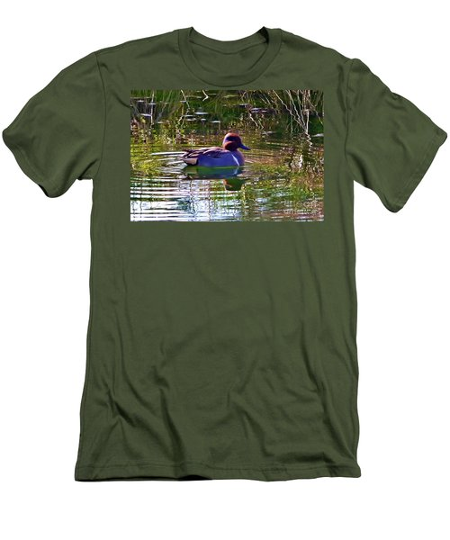 Red Headed Duck Men's T-Shirt (Slim Fit) by Susan Garren