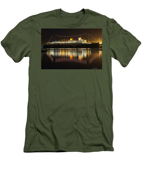 Reflections Of Queen Mary Men's T-Shirt (Athletic Fit)