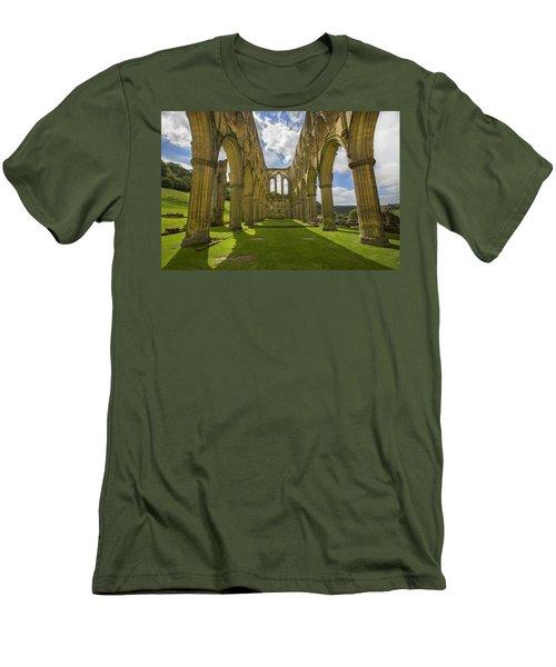Rievaulx Abbey Men's T-Shirt (Athletic Fit)