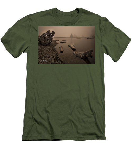 Ruby Beach Fog Men's T-Shirt (Athletic Fit)