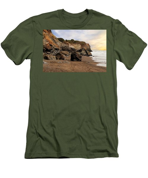 Sand And Rocks Men's T-Shirt (Athletic Fit)
