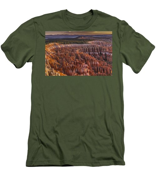 Silent City - Bryce Canyon Men's T-Shirt (Athletic Fit)