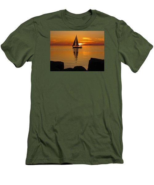 Sister Bay Sunset Sail 2 Men's T-Shirt (Slim Fit) by David T Wilkinson