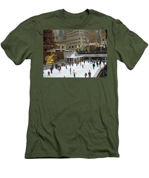 Skating In Rockefeller Center Men's T-Shirt (Athletic Fit)