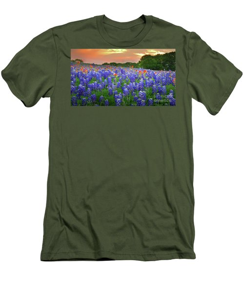 Springtime Sunset In Texas - Texas Bluebonnet Wildflowers Landscape Flowers Paintbrush Men's T-Shirt (Athletic Fit)