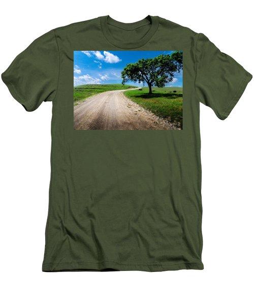 Texaco Hill Men's T-Shirt (Athletic Fit)