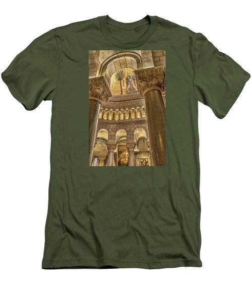 The Angel Men's T-Shirt (Slim Fit) by Maria Coulson