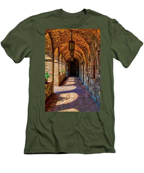 The Arches Men's T-Shirt (Slim Fit)