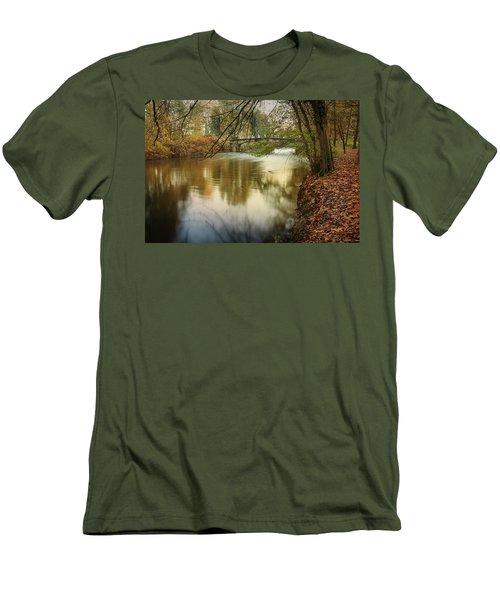 The Lambro River Men's T-Shirt (Athletic Fit)