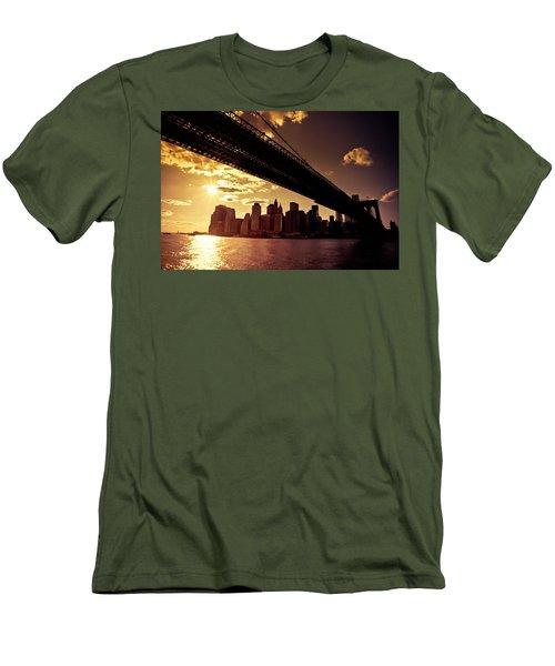The New York City Skyline - Sunset Men's T-Shirt (Athletic Fit)