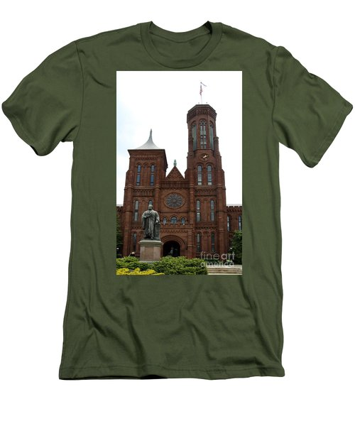 The Smithsonian - Washington Dc Men's T-Shirt (Slim Fit) by Christiane Schulze Art And Photography