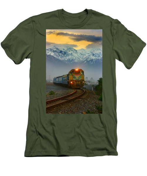 The Southerner Train New Zealand Men's T-Shirt (Slim Fit) by Amanda Stadther
