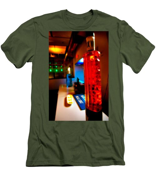 To The Bar Men's T-Shirt (Athletic Fit)